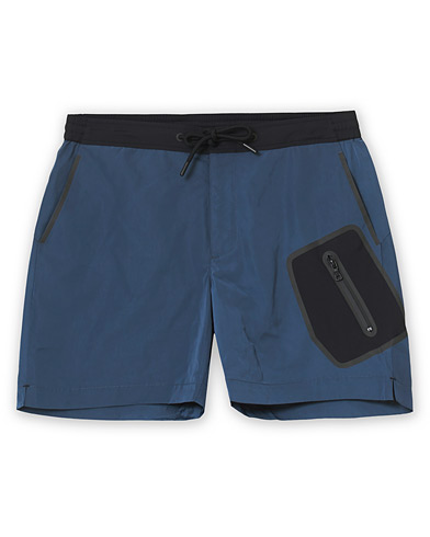 Orlebar Brown Bulldog Technical Swim Shorts Shark Grey in der Gruppe Kleidung / Badehosen bei Care of Carl (19697311r)