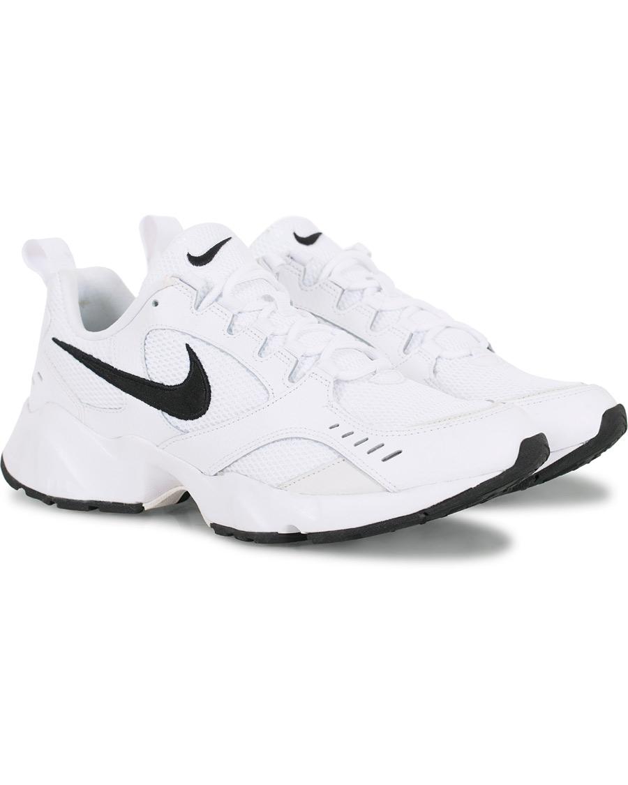 Nike Air Heights Sneaker White US8 EU41